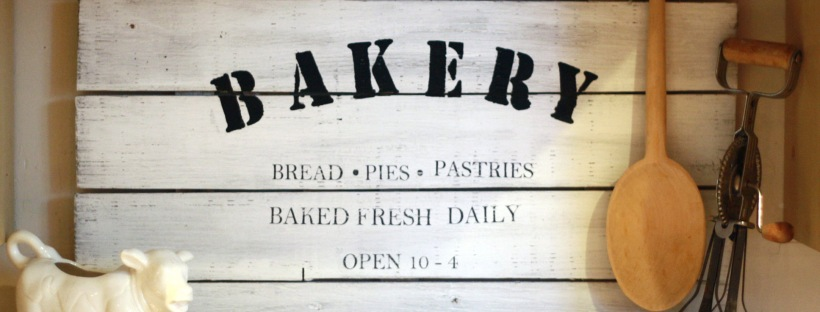 Rustic Bakery Sign For Your Farmhouse Style Kitchen Rustic Reclaimed Designs A Blog By Briar Rose
